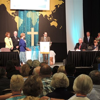 Bishop Debra Wallace-Padgett made honory member of Kentucky Conference