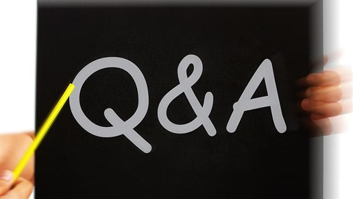 q-a-message-meaning-questions-answers-and-assistance.jpg